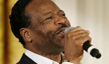 Edwin Hawkins dead: Gospel star known for 'Oh Happy Day' dies aged 74