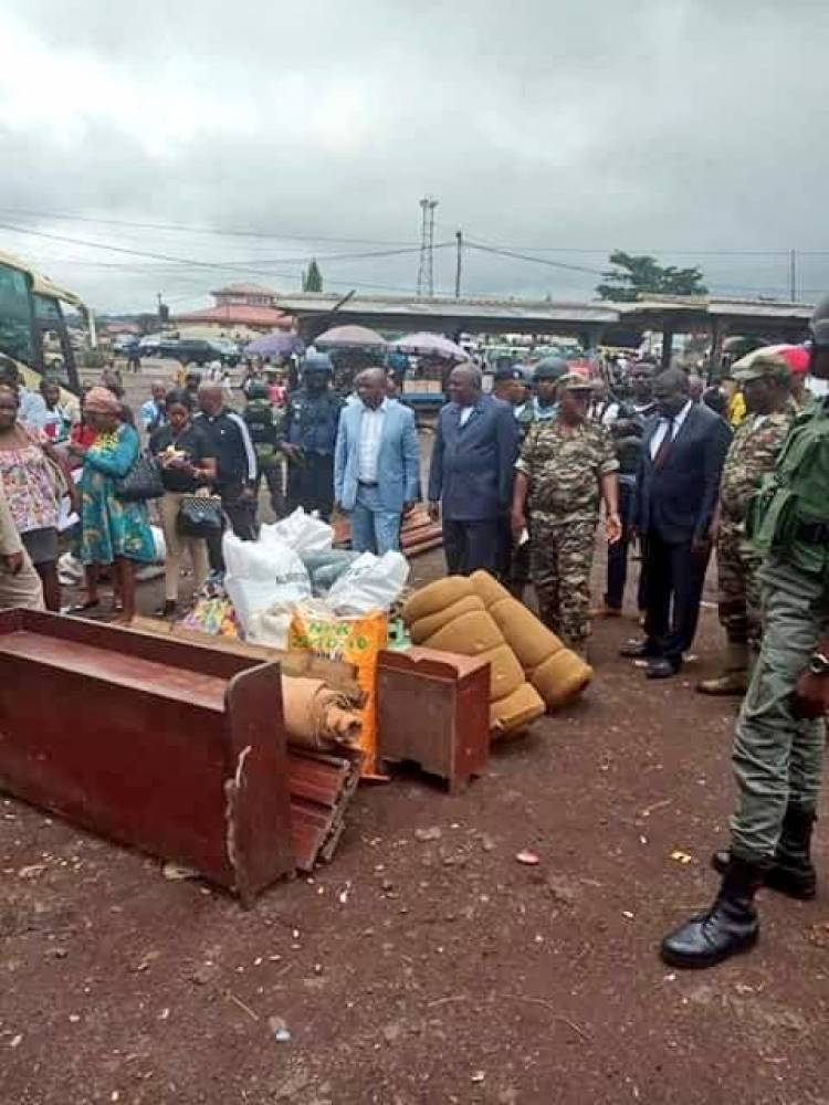 Cameroon intercepts families from fleeing war-torn Southern Cameroons